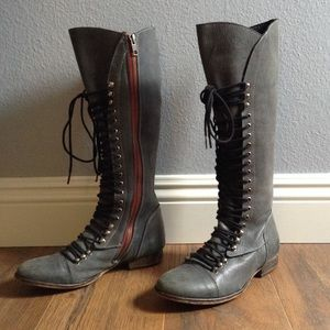 Steve Madden Perrin lace up/ zip 6 1/2 gray boots